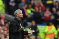 Tin buồn cho Man Utd, Mourinho chưa thắng khi bị dẫn 2 bàn