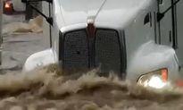 Thót tim những pha lội nước xe tải hạng nặng