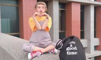 Cô gái Đài Loan được mệnh danh hot girl mái ngố