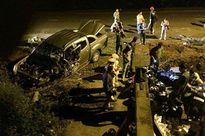 Ôtô bán tải mang biển số giả nát đầu sau tai nạn trên đường chạy trốn