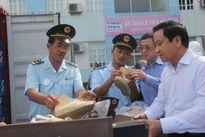 Tạm giữ 10 container hàng nhái đồ hiệu tại cảng Hải Phòng
