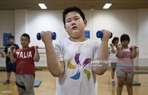 Cuộc đua giảm cân ở trại hè của những trẻ béo phì ở Trung Quốc