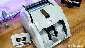 Trên tay máy đếm tiền Silicon MC-9900N: 1.000 tờ/phút, 'bắt' được tiền siêu giả