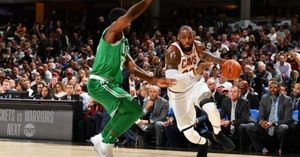 King LeBron chói sáng, Cleveland Cavaliers nhọc nhằn đả bại Boston Celtics ngày khai màn NBA 2017-18
