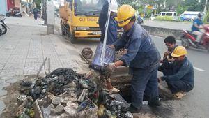 TPHCM tìm nguyên nhân siêu máy bơm 'bất lực' trước đường ngập