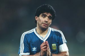 Bàn thắng cuối cùng của Maradona trong màu áo Argentina