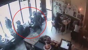 Bị cướp laptop trong quán cafe giữa ban ngày