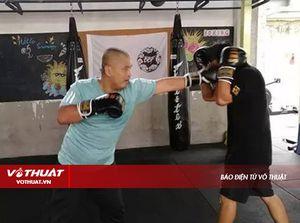 Võ sư Thái Cực Ngụy Lôi chuyển sang học MMA