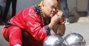 Rùng mình xem bậc thầy kung-fu VN xác lập kỷ lục TG