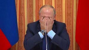 Xem clip Tổng thống Putin cười không thể kiềm chế trong cuộc họp