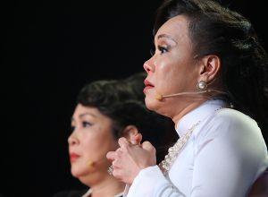 Clip: Việt Hương tiết lộ từng bị tâm thần phân liệt sau khi mẹ qua đời