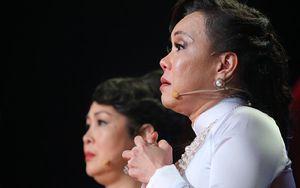 Việt Hương bật khóc khi nói về khoảng thời gian bị tâm thần phân liệt