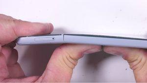 Google Pixel 2 có vượt qua các màn kiểm tra độ bền gắt gao?