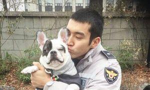 Lee Teuk (Super Junior) từng bị chó nhà Si Won cắn
