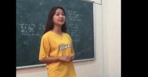Cô gái xinh đẹp làm facebook 'bấn loạn' vì hát quan họ ngọt ngào