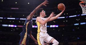 Lonzo Ball vào sân, Lakers thua ngược đau đớn trước Pelicans