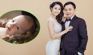 Hoa hậu Thu Ngân đã âm thầm sinh con trai cho chồng đại gia