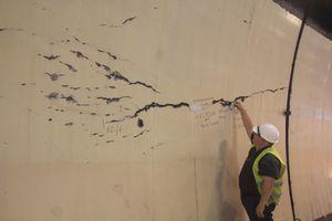 Hầm Hải Vân an toàn dù có hàng loạt vết nứt toác?