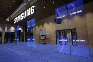 Samsung Display tiếp tục là nhà cung cấp màn hình smartphone hàng đầu