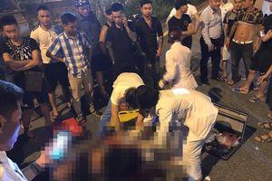 Hà Nội: Nhân chứng kể lại phút nam thanh niên bị chém gục trên phố