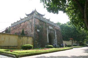 Vì sao thành Hà Nội bị phá?