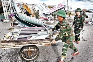 Khẩn trương khắc phục hậu quả sau bão số 10
