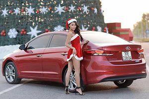 'Bà già Noel Việt' đọ dáng Hyundai Elantra giá 549 triệu