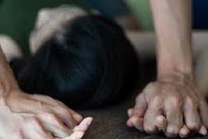 Nữ sinh tố bố bạn hãm hại: Chờ giám định ADN