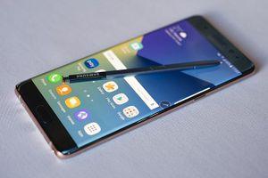 10 chiếc điện thoại ảnh hưởng đến sự phát triển của Samsung