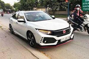Honda Civic lên đời Type R tiền tỷ chỉ 90 triệu tại VN