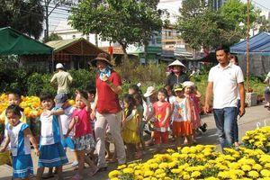 TP.Cần Thơ: Làng hoa nhộn nhịp ngày cận Tết