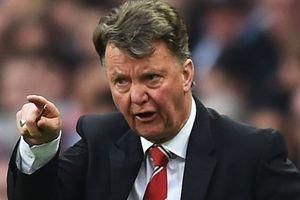 Sốc: Chelsea nhắm.. Van Gaal thay Conte