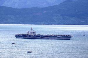 Hôm nay 'đại bàng vàng' USS Carl Vinson của Hạm đội 7 Mỹ rời Đà Nẵng