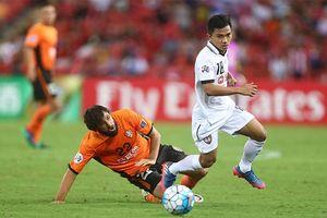Cầu thủ 'bé hạt tiêu' của Thái Lan tới Sapporo không phải để làm quảng cáo như Lê Công Vinh