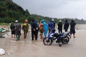 Phát hiện thi thể người không nguyên vẹn trôi dạt vào bờ biển Bình Thuận