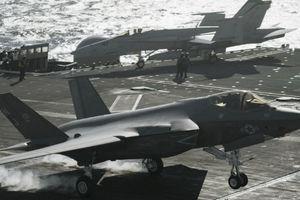 Tàu sân bay vừa đến Việt Nam sẽ nhận chiến đấu cơ tàng hình F-35C