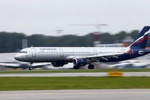 Moscow phản ứng lại vụ Anh kiểm tra máy bay Nga vô cớ ở London