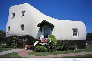 Triệu phú lập dị và 10 kiểu kiến trúc 'có một không hai'