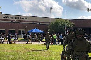 Kẻ xả súng trong trường ở Texas là một học sinh 'trầm lặng'