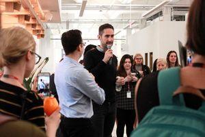 Đột nhập trụ sở mới của Instagram tại New York: có cửa hàng kem, quầy bar, nhiều nơi 'sống ảo'
