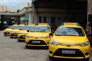 Hai hãng taxi TP.HCM muốn sáp nhập để cạnh tranh Grab