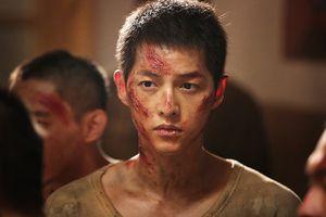 Fan háo hức chờ Song Joong Ki tái ngộ đạo diễn 'Cậu bé người sói'