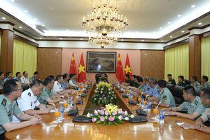 Đoàn cán bộ, học viên Trường Đại học Quốc phòng Quân GPND Trung Quốc thăm Bộ Quốc phòng
