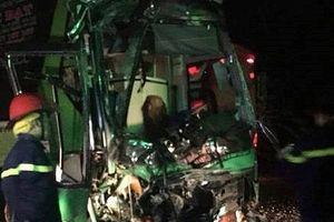 Đắk Lắk: Hai xe khách tông nhau, 24 người nhập viện