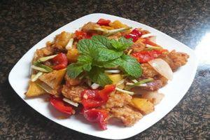Cách làm món thịt heo sốt dứa chua ngọt thơm ngon