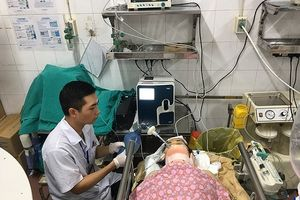 4 nạn nhân vụ lật xe khách ở Cao Bằng chuyển về BV Việt Đức, 2 ca liệt hoàn toàn