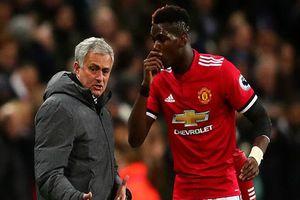 HLV Mourinho chỉ đạo cầu thủ MU cắt ngắn kỳ nghỉ