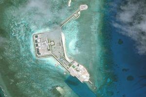 Philippines tố Trung Quốc phát cảnh báo đuổi máy bay ở Biển Đông