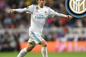 Sau Ronaldo, đến lượt Modric rời bỏ Real để sang Serie A?