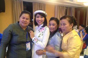 Sôi động chương trình giao lưu thanh niên Việt Nam, Lào, Campuchia
